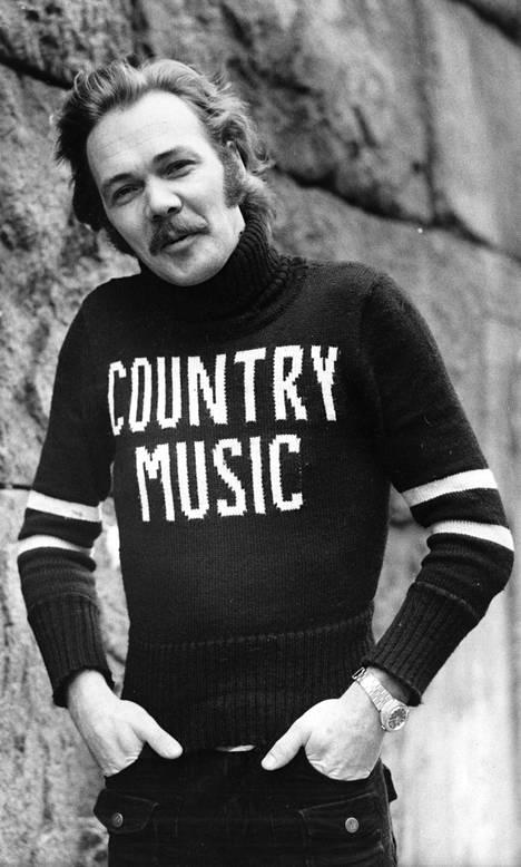 Kari Tapio vuonna 1977.