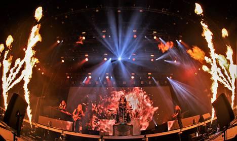 Human. :II: Nature on Nightwishin yhdeksäs studioalbumi.