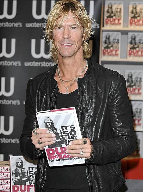 Sittemmin taloustieteilijäksi ryhtyneellä Duff McKaganilla on oma versionsa Duffin tarinasta.
