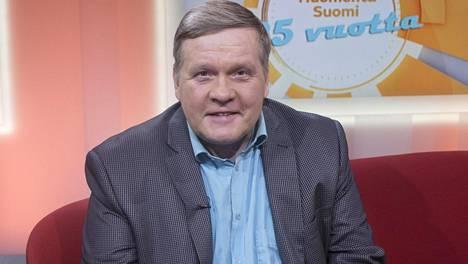 Lauri Karhuvaara juontopesti MTV3:n Studio55:ssä päättyi.