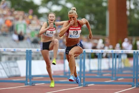 Annimari Korte aitoi hiljattain SM-hopeaa.