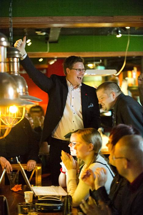 Antti Lindtman innostui Vantaan suurimman puolueen asemasta vuoden 2012 kunnallisvaaleissa.