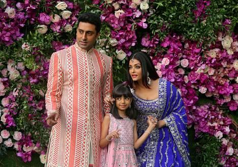 Abhishek Bachchan, Aishwarya Rai ja parin tytär Aaradhya.