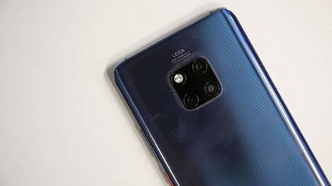 Huawei Mate 20 Pro valittiin Barcelonassa vuoden parhaaksi älypuhelimeksi.