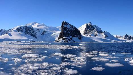 Näkymä Etelämantereen Orne Harbourista marraskuussa.