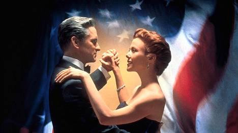 Michael Douglas ja Annette Bening romanttisessa komediassa.