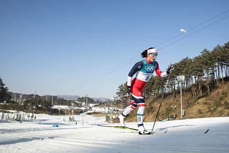 Pyeongchangissa olympiakultaan hiihtänyt Marit Björgen hämmästyi FISin kongressin puitteista.