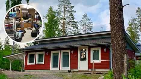 Pia Heikkurinen muutti vanhan autotalli-varaston vapaa-ajanasunnoksi. Projektiin kului vuosi.