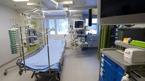 Tehohoitopaikkoja on Suomessa noin 300.