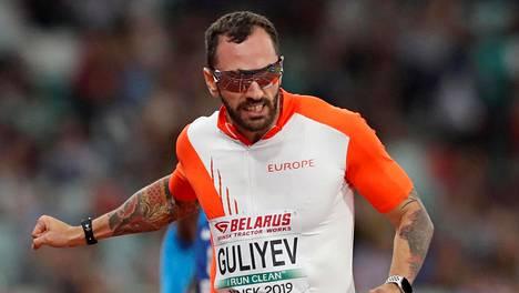 Hallitsevalla 200 metrin maailmanmestarilla Ramil Guliyevilla on ollut tukalaa Dohan helteissä.