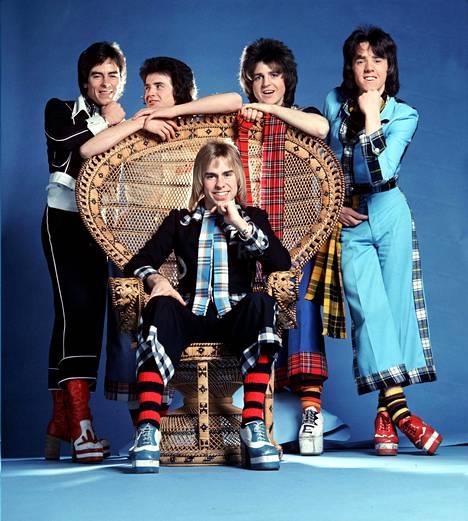 Alan Longmuir, Les McKeown, Eric Faulkner, Stuart Wood ja Derek Longmuir.