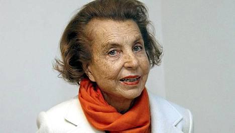 LOreal-perijätär Liliane Bettencourt vuonna 2004.