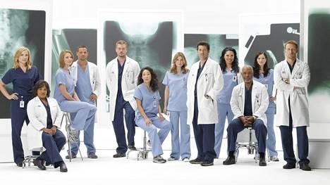 Greyn anatomia -sarjaa on esitetty Suomessa vuodesta 2006 lähtien Nelosella.