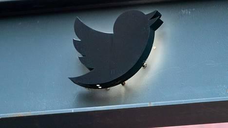 Sosiaalisen median viestipalvelu Twitterissä oli perjantain vastaisena yönä Suomen aikaa maailmanlaajuinen häiriötilanne.