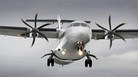 Arkistokuva Norran ATR-72-500 -potkurikoneesta.