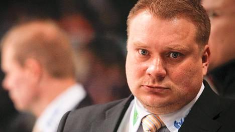 Rauli Urama toimi Rauman Lukon päävalmentajana kaudella 2011-12. Ilta-Sanomien tietojen mukaan hänet on valittu nyt TPS:n uudeksi urheilutoimenjohtajaksi.