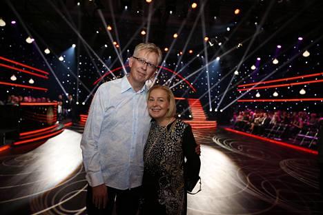 Pekka Poudan vaimo Mari Sarolahti kannusti miestään syksyn 2018 Tanssii tähtien kanssa -ohjelmassa.