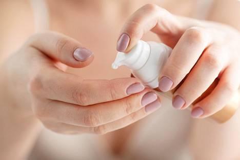 Ethän käytä ihon puhdistuksessa liian voimakkaita tuotteita?