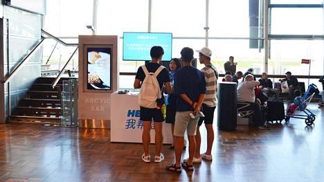 Helsinki-Vantaan lentoasemalla kävi viime vuonna 300 000 kiinalaista.
