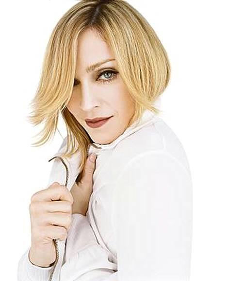 Muoti-ikoni Madonna on tehnyt yhteistyötä vaatejätti Hennes & Mauritzin kanssa jo kahdesti, vuosina 2006 ja 2007.