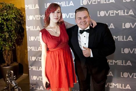 Timo Jutilaa esittävä Joel Hirvonen muistetaan mm. Lovemilla-elokuvan miespääosasta.