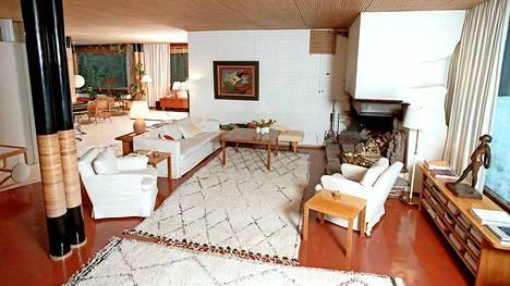 Moni himoitsee tällaisia Beni Ouarain -mattoja, joita on käytetty muun muassa Alvar Aallon suunnittelemassa Villa Maireassa.