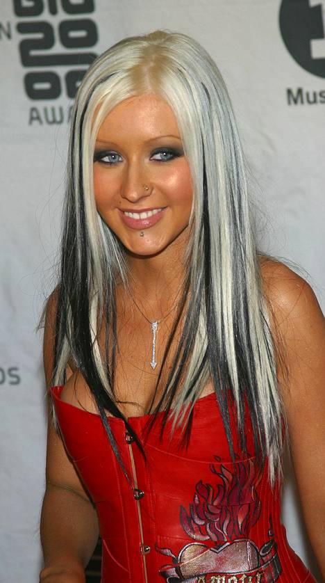 Christina Aguilera vuonna 2002.