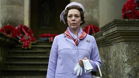 Onnistuuko Olivia Colman The Crownin kuningattarena kolmannella kaudella yhtä hyvin kuin kahdella ensimmäisellä kaudella katsojat hurmannut Claire Foy?