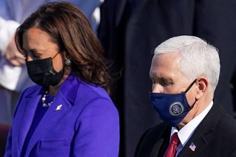 Mike Pence ja hänen seuraajansa Kamala Harris kuvattiin nykyisen presidentin Joe Bidenin virkaanastujaisissa Washingtonissa 20. tammikuuta.
