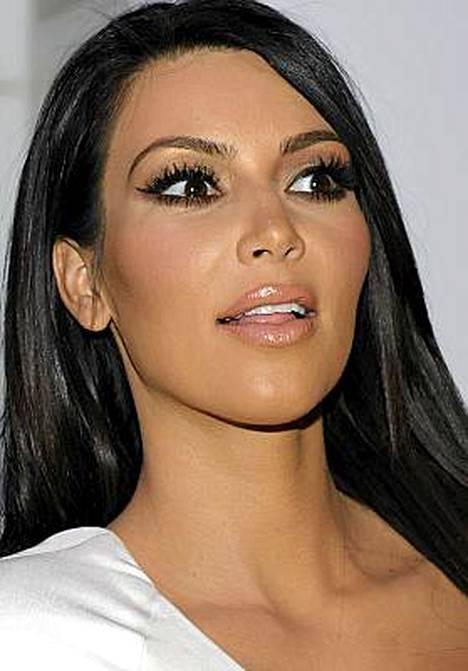 Kim Kardashianin ruokahalu meni piloille imettävän äidin takia.