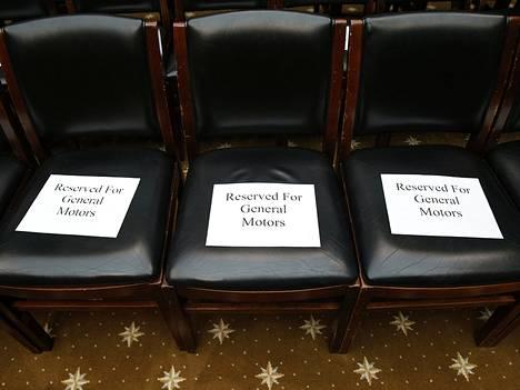 General Motorsin väelle varatut oikeuden tuolit kuvattuna eilen tiistaina Washingtonissa.