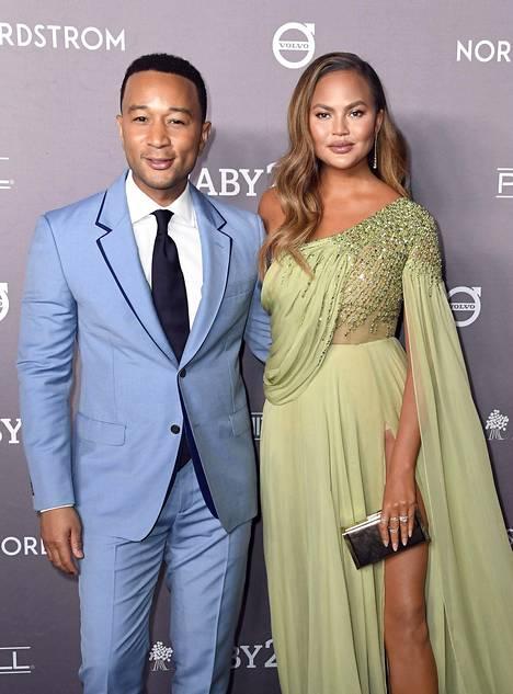 John Legend ja Chrissy Teigen ovat pitäneet yhtä