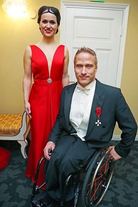 Leo-Pekka Tähti kertoo Maria Veitolalle avioerostaan ex-vaimonsa Sandran kanssa. Pariskunta ehti olla yhdessä useita vuosia ja naimisissa kolme vuotta.