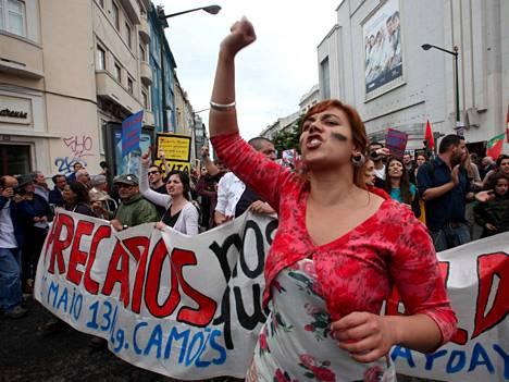 Portugalissa osoitettiin mieltä muun muassa vappuna.