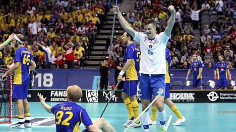 """MM-finaalin häviäminen Suomelle otti koville Ruotsissa – media ruoski armotta omiaan: """"Jättifiasko!"""""""