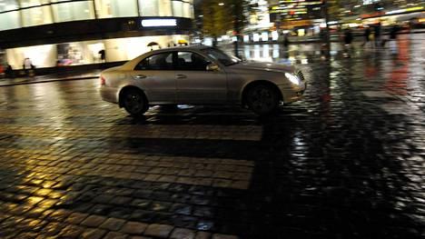 Tämä taksiauto ei ole vielä läheskään museoikäinen. Sen sijaan esimerkiksi vuoden 1986 Mercedes-Benz W124 on jo.