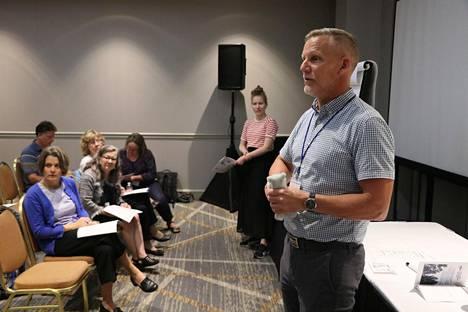 Kurssin vetäjänä toiminut Daniel Karvonen opettaa suomea Minnesotan yliopistossa.