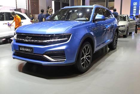 Kuvassa vuoden 2017-18 Zotye X7. Auto ei osallistunut Auto Bildin kiinalaisautojen vertailuun.