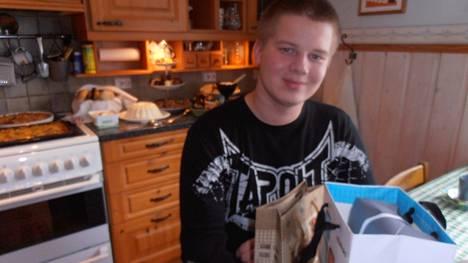 Jussi Peltola oli kadotessaan 18-vuotias.