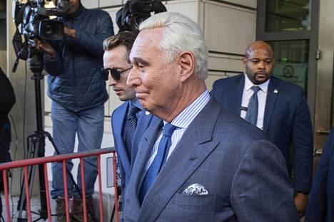 Cohen kertoi Trumpin liittolaisen Roger Stonen heinäkuussa 2016 soittamasta puhelusta, jossa tämä kertoi Wikileaks-vuotosivuston aikovan julkaista vahingollista tietoa Hillary Clintonista.