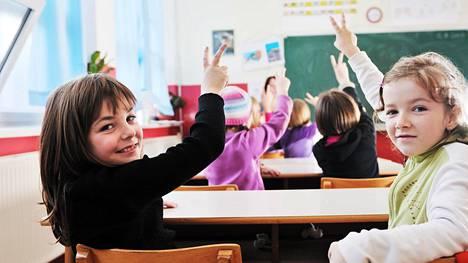 Vanhempien ammatteja tiedusteltiin koulussa – tämä vastaus saa miettimään, mitä lasten edessä kannattaa puhua