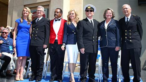 Fred Grandy, Ted Lange, Jill Whelan, Gavin MacLeod, Cynthia Tewes ja Bernie Kopell Hollywood Walk of Fame -kävelykadulla 10. toukokuuta 2018.