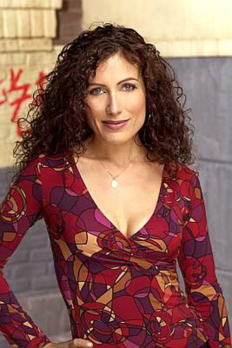 Lisa Edelstein näyttelee Housessa tohtori Lisa Cuddya.