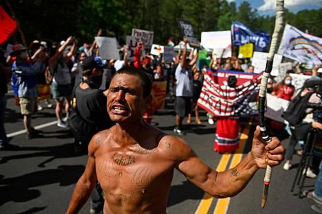 Suurin osa mielenosoittajista kuului alkuperäiskansoihin.