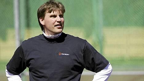 Antti Ruuskasen valmentaja Aki Parviainen laukoi suorat sanat.