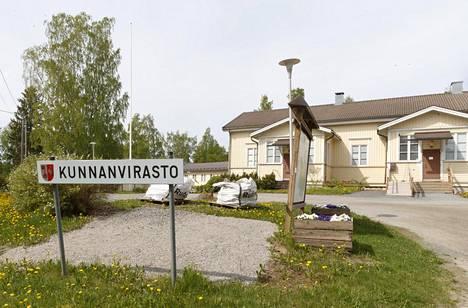 Vesilahden kunnantalo.