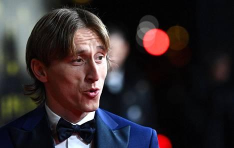 Real Madridin Luka Modric voitti Kultaisen pallon vuonna 2018.