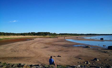 Kalajoen Hiekkasärkillä on nykyään vilkasta.