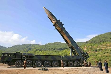 Pohjois-Korea teki historiansa toisen mannertenvälisen ballistisen ohjuksen kokeen 28. heinäkuuta Hwasong-14-ohjuksella. Sen uskotaan laskeutuneen mereen Japanin alueelle.