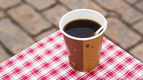 Suomalaiset ovat peruskahvin ystäviä.